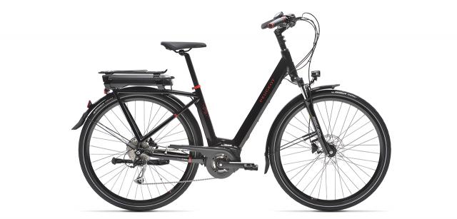Peugeot eC01 D9 electric city bike on white background
